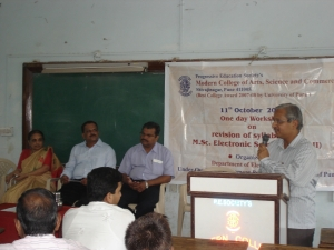 Prof. S.R. Chaudhari giving welcome speech.